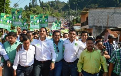 Toño Figueroa acompaña a ERA y Luis Ignacio en gira por Bellavista